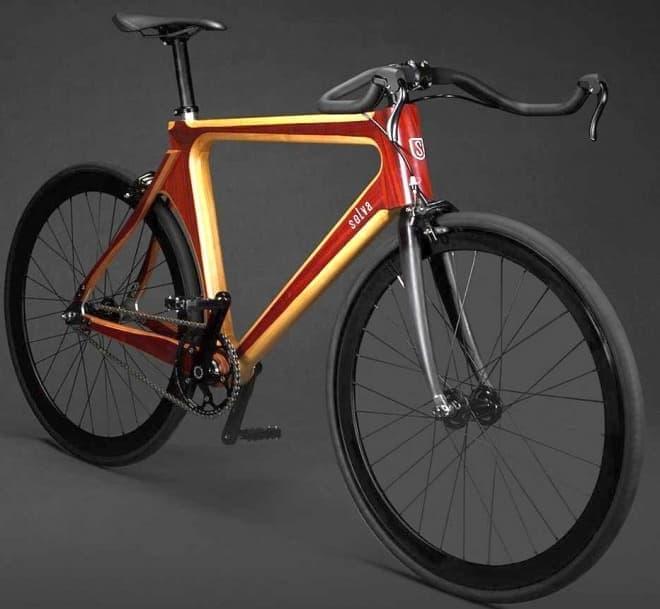 Selvaによるシティバイク「Fashion Racing」