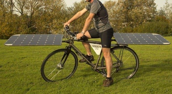 ソーラーパワーで走る電動アシスト自転車「Maxun One」