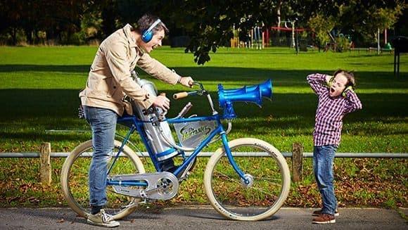 ギネス世界記録に認定された「世界一うるさい自転車用クラクション」  (画像はGuiness World RecordのWebサイトから)