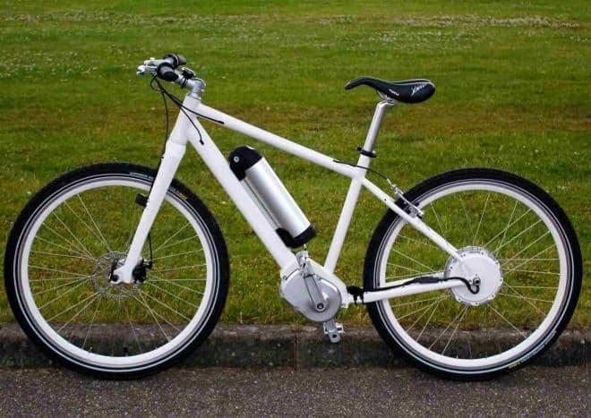 「Bike2」を取り付けてテスト中の自転車