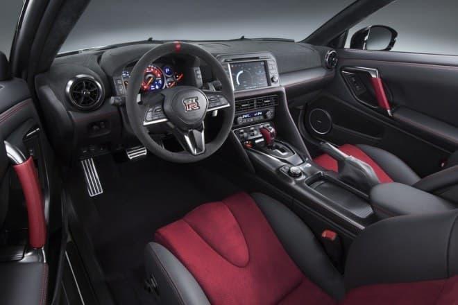 日産 GT-R NISMO 2017年モデル インテリア