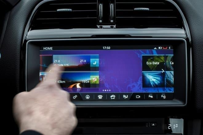 ジャガー パフォーマンスSUV「F-PACE」 インフォテインメント・システム「InControl Touch Pro」