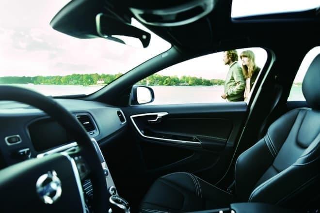 ボルボ S60/V60の特別仕様車「D4 ダイナミックエディション」