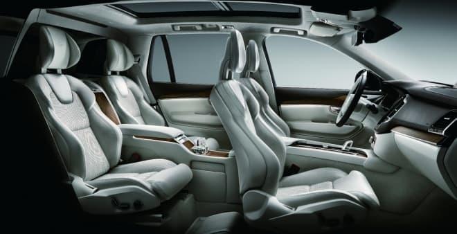 ボルボ 4シーターSUV「XC90 T8 Twin Engine AWD Excellence(エクセレンス)」