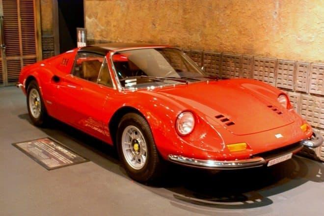 フェラーリ ディーノ 【1967年式】