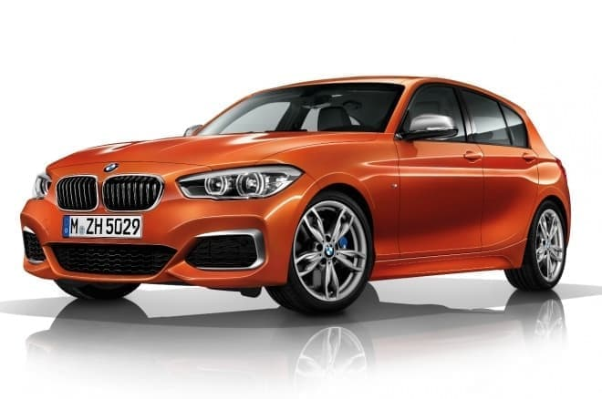BMW 新世代エンジン搭載 M140i