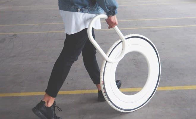 自転車のホイールみたいな杖「WALKING WHEEL」