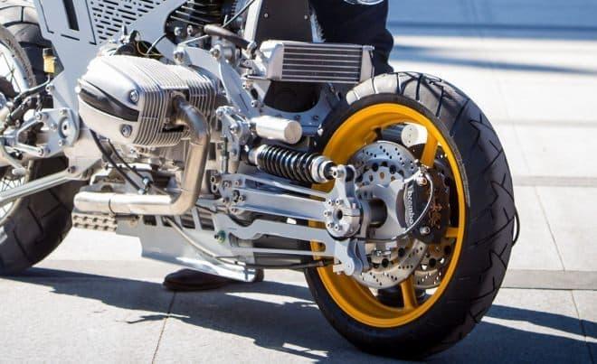 ハブステアなカスタムバイク「Watkins M001」