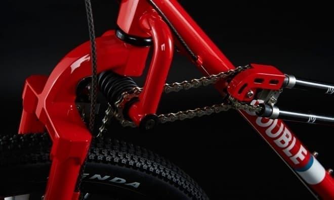 前後輪駆動の自転車ダブルの「DOUBLE」