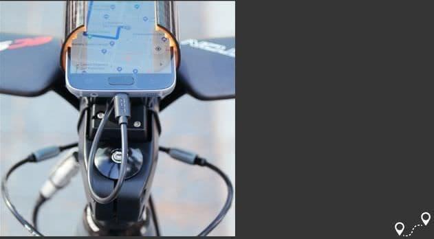 モバイルバッテリー付きの自転車用ステム「Battery Stem」