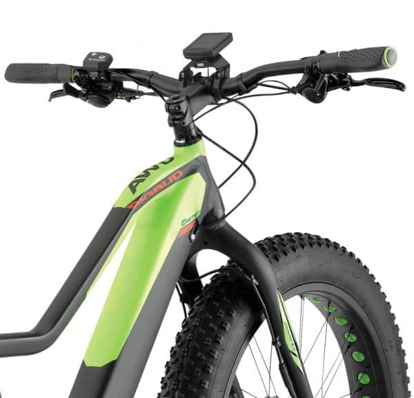 AWD(前後輪駆動)の自転車「EVO AWD BIG BUD PRO」