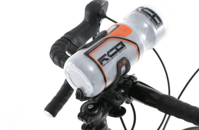 ドリンクボトルを好みの場所に―自転車用マウント「どこでもダボ穴」