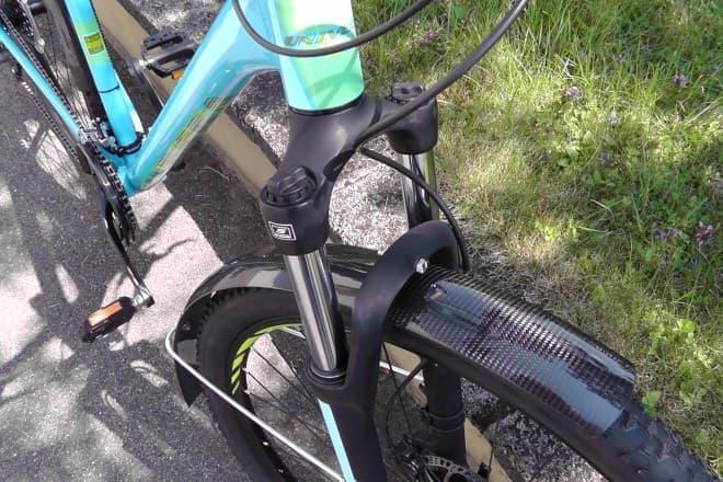 カーボンファイバー製の自転車用フェンダー「Flexi-Carbon」