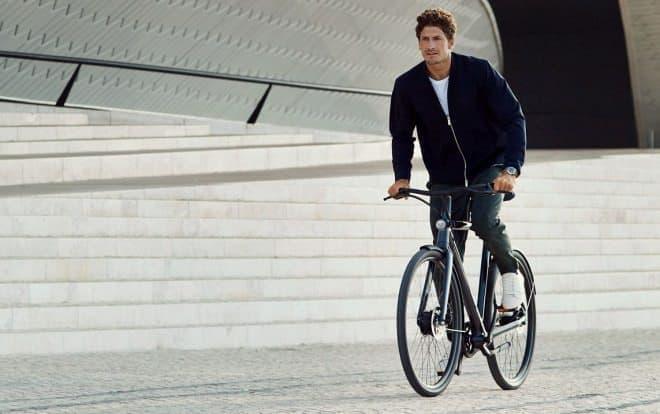 最新の盗難防止技術を装備した電動アシスト自転車VanMoofのElectrified 2 シリーズ