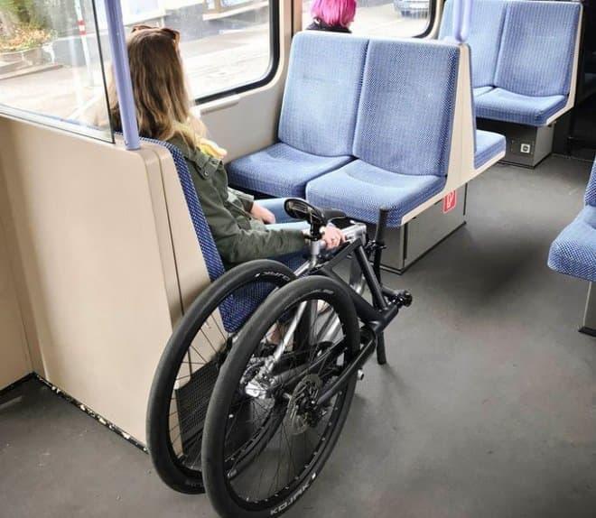 折り畳みに見えない折り畳み自転車、Kruschhausen Cyclesの「Fiiz」