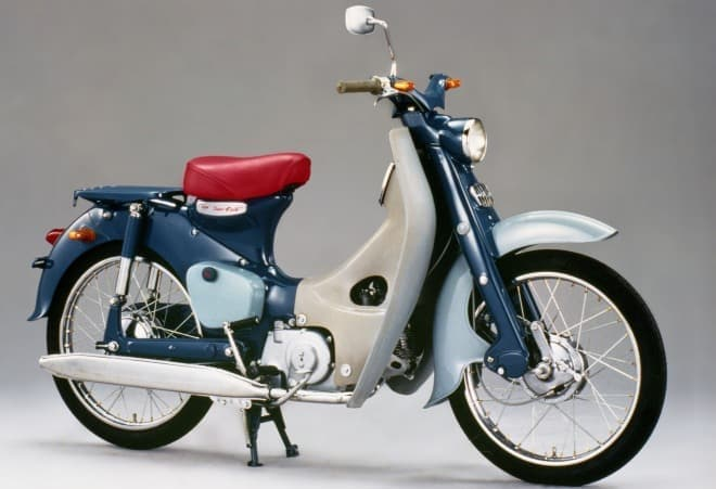 初代モデルの「スーパーカブ C100」