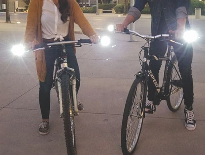 ハンドルバーに取り付ける自転車用ウィンカー「LICHT」