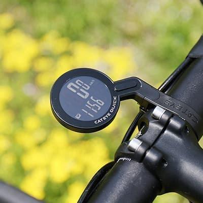 自転車通勤者にうれしい機能を搭載 ― CatEyeのサイコン「Quick」