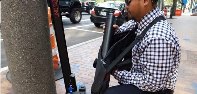 電動バイクUno Boltシリーズに、立ち乗りもできる「MINI」登場