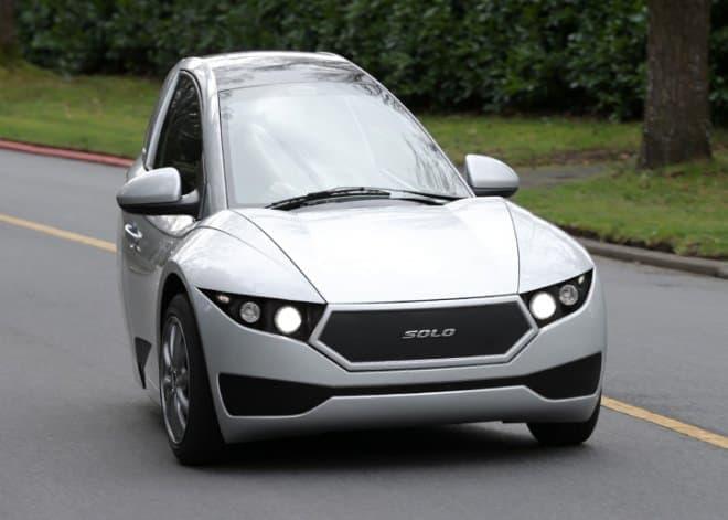 3輪の電気自動車「Solo」