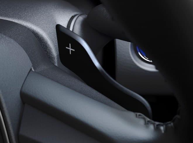 トヨタ「カムリ」に新グレード「WS」
