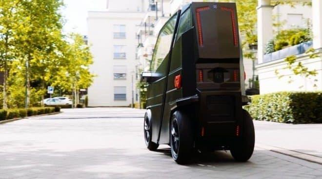 サンダーバード感のある電気自動車「iEV X」-人を乗せるとき、30センチ伸びる