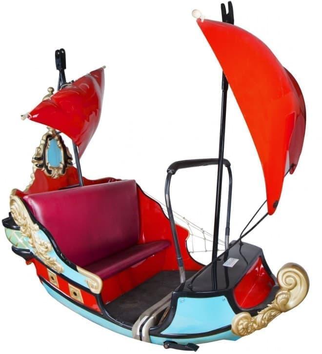 ピーターパン空の旅の海賊船