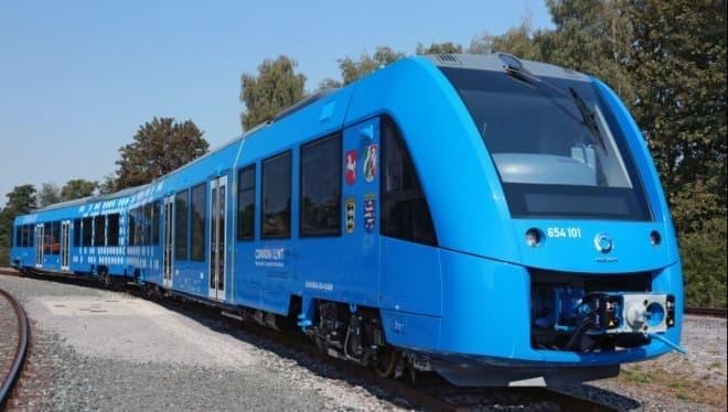 世界初の水素列車、ドイツでサービス開始 - 電車を走らせにくい場所でも、ゼロエミッションの移動手段を