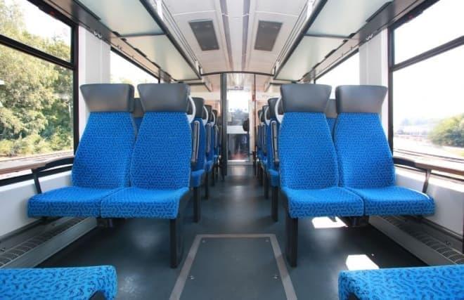 水素燃料電池によって走行する列車「Coradia iLint」