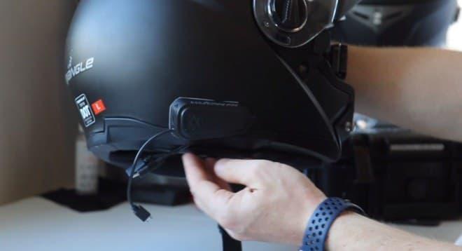自転車やキックスケーター向けのヘッドアップディスプレイ「HUDWAY Sight」