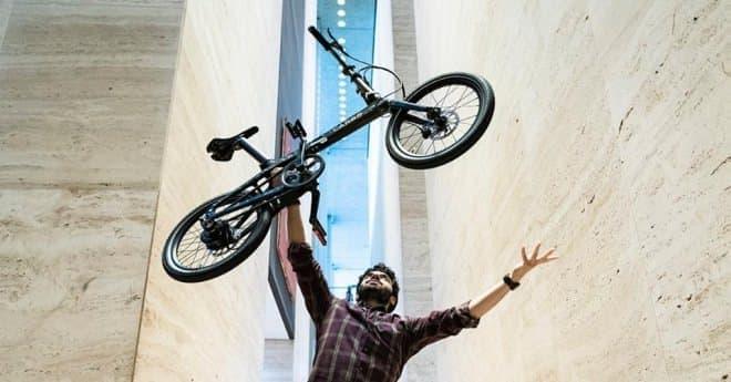 折り畳み電動アシスト自転車「CARBO」