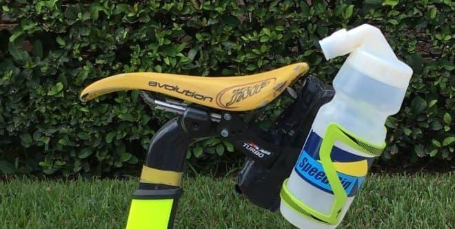 逆さにすると、飲みやすい―自転車用ボトル「SpeedSip」