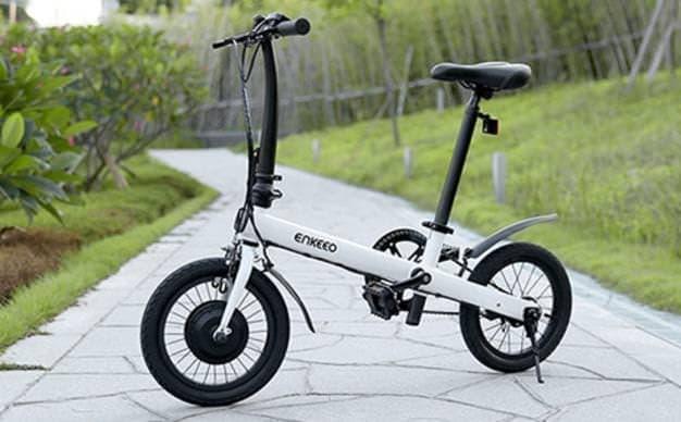 重さ13.5キロ ミニマルデザインのENKEEO電動アシスト自転車B2
