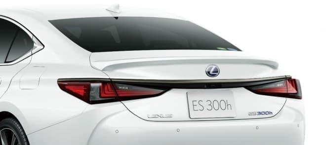 LEXUS、新型「ES」を発売