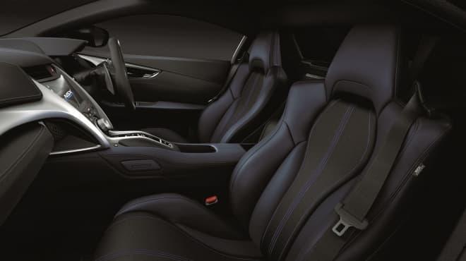 ホンダ「NSX」、改良モデル発売 インテリアでは、新色インディゴが追加