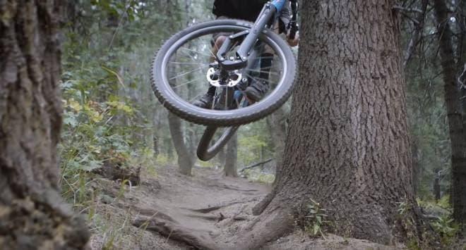 自転車用の画期的なサスペンション「Message」-従来のサスペンションの問題点を解消