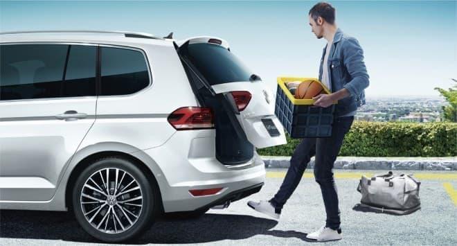 フォルクスワーゲン ゴルフ トゥーランTDIにプレミアムな限定車「Golf Touran TDI Premium」