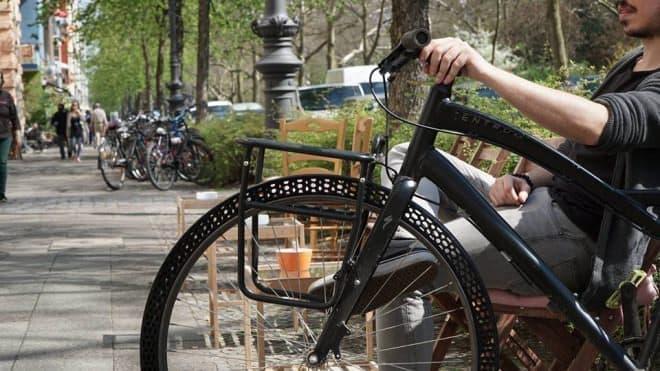BigRepが3Dプリンターで製造した自転車用タイヤ