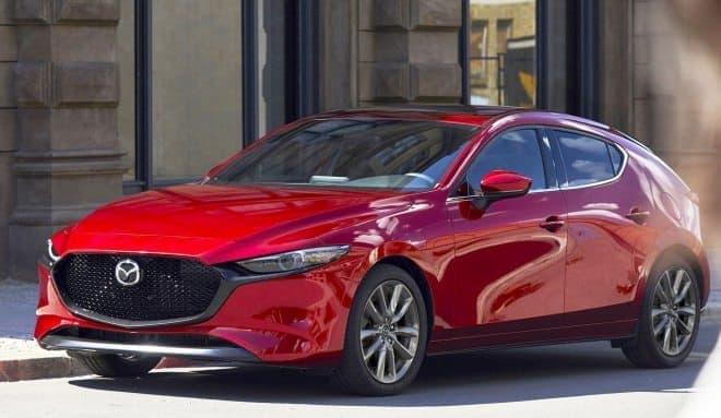 マツダ、新型「Mazda3」を世界初公開―走る、曲がる、止まるを、もっと自然に