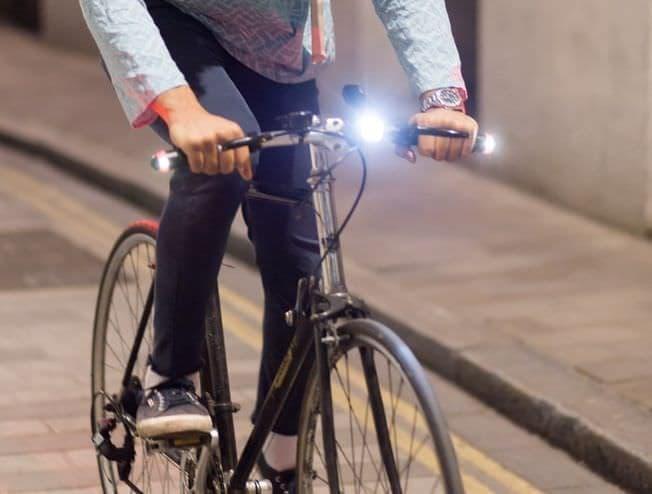 自転車用ウィンカー+ポジションランプ「WingLights360」が、日本からも購入しやすく―Kibidangoで日本上陸プロジェクト