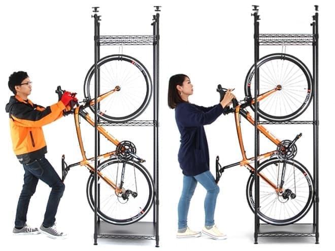 自転車は、立てて収納する「バイシクルハンガー」―賃貸住宅にぴったりなラックに、新色「カーキ」
