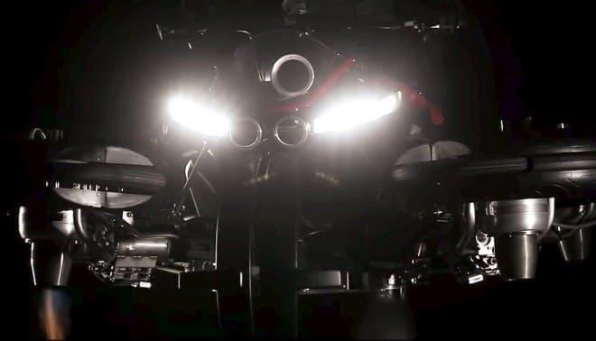 ジェットエンジンで空を飛ぶバイク「La Moto Volante」