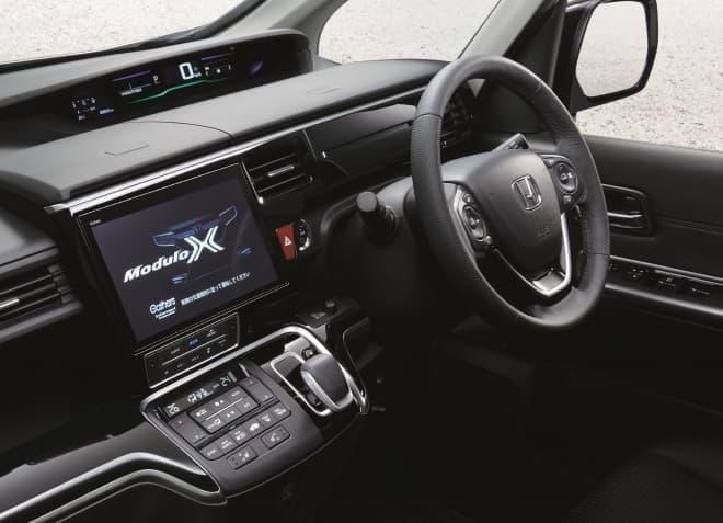 ホンダ「ステップワゴン Modulo X」に、ハイブリッドモデル登場