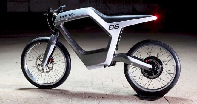 スケルトンボディの電動バイク「Novus」