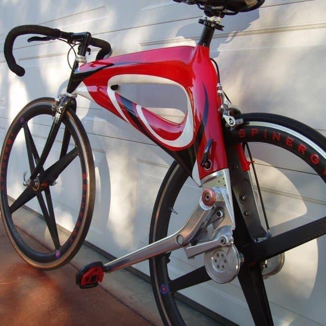レバーを踏んで走る自転車「NuBike」―チェーンよりもシンプルで、高効率?