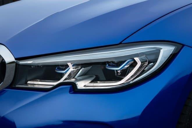 「オーケー、BMW」― 音声アシスタントが導入された新型BMW 3シリーズ