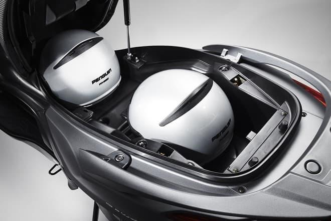 キムコ、「ダウンタウン125i ABS」発売