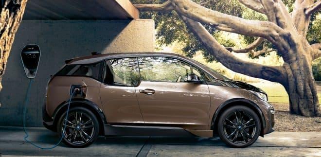 「BMW i3」の航続距離が最大466kmに!「BMW i3新型バッテリー(120Ah)」発売