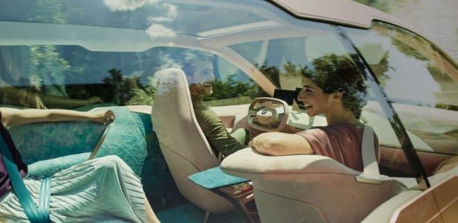 BMWコンセプトカー「Vision iNext」