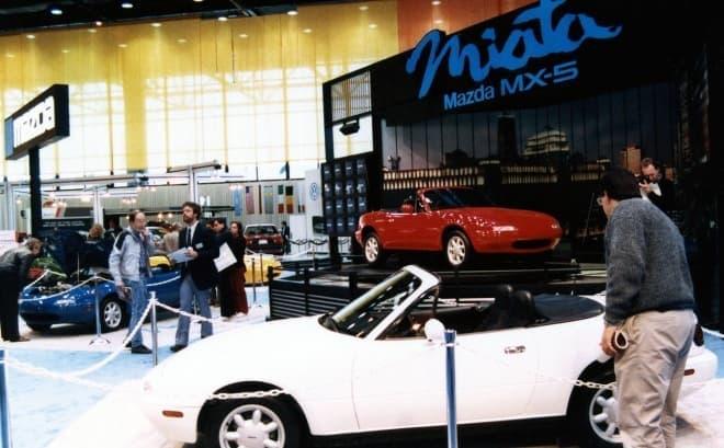マツダ、ロードスター30周年記念車「MAZDA MX-5 Miata 30th Anniversary Edition」公開